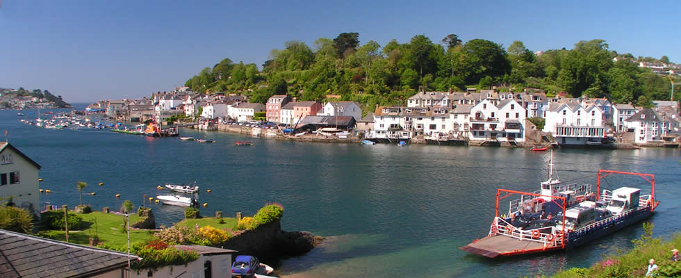 Fowey is a delightful harbour town situated on the lovey Fowey Estuary with a ferry crossing to Bodinnick